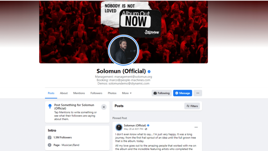Example of a DJ's Facebook page